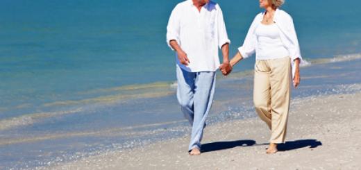 seniori, batrani pe plaja