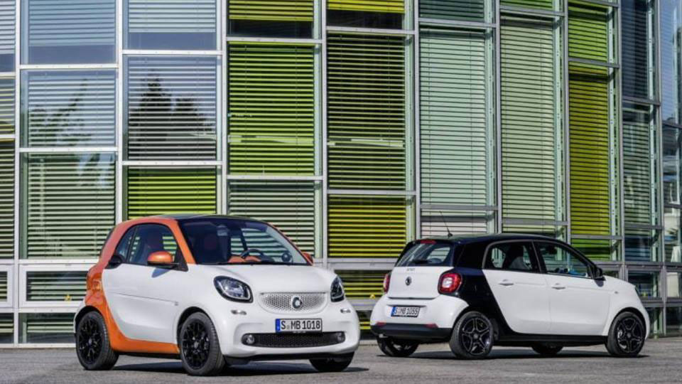smart fortwo şi smart forfour